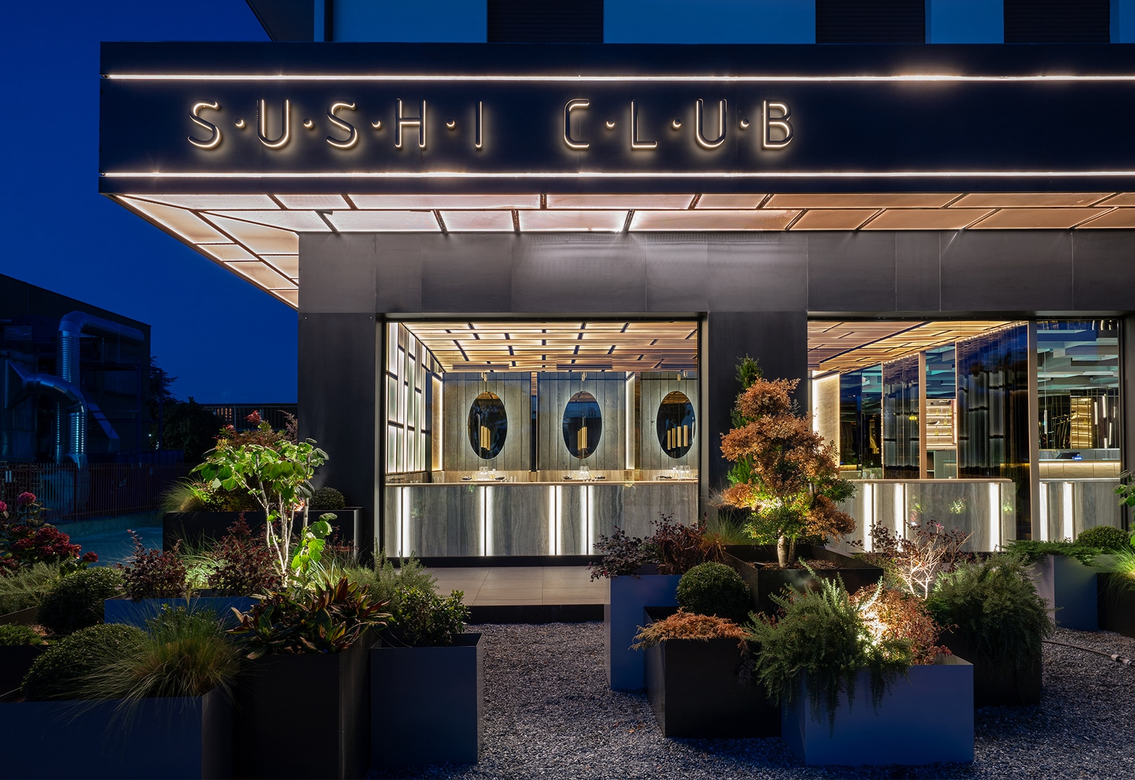 External view of Sushi Club, asian restaurant in Corbetta. Project by Lai Studio - Maurizio Lai Architects